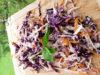 Salata de varza cu dressing de mustar si hering