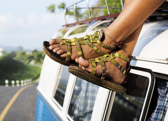 miros neplacut al sandalelor